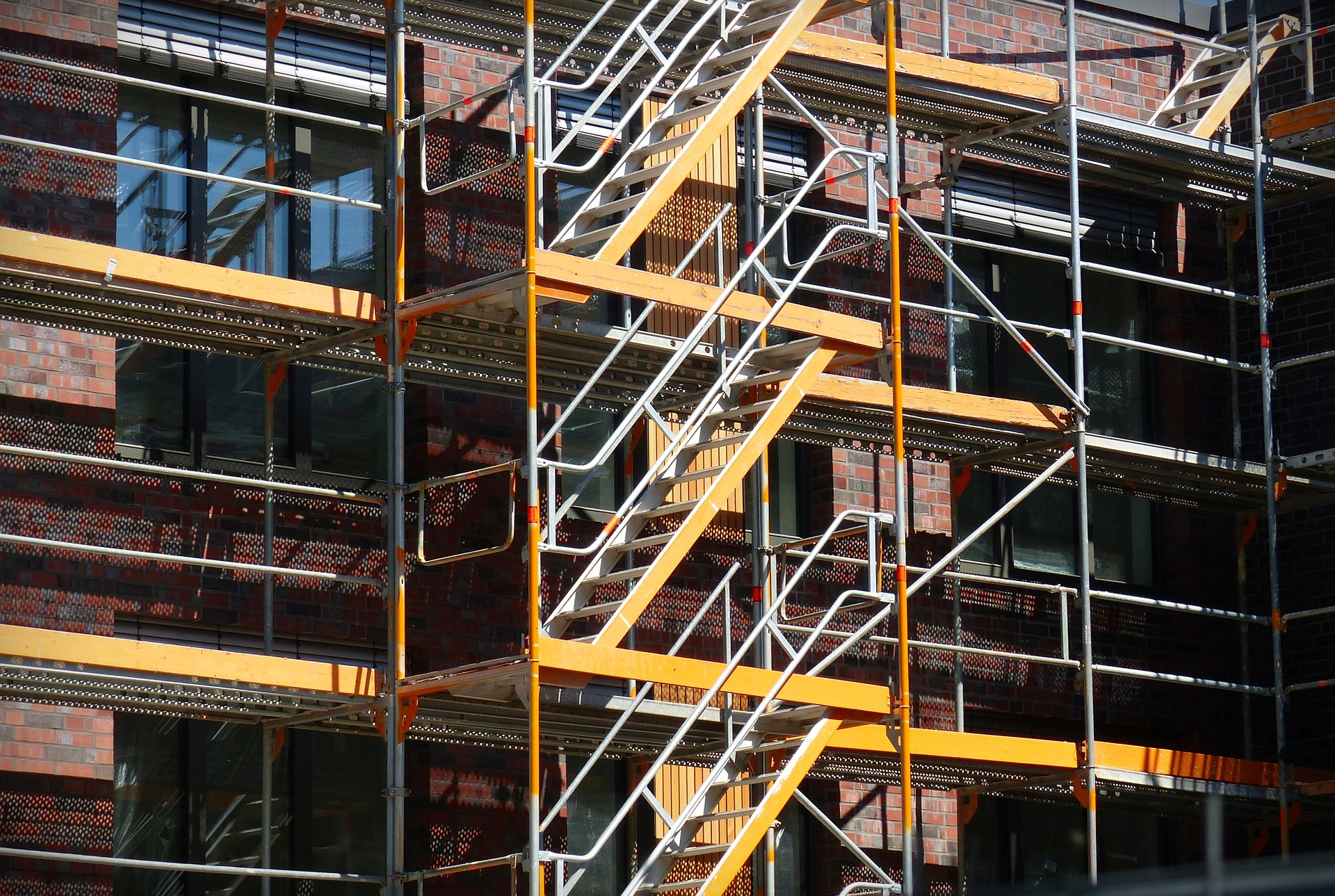 scaffold-1379633_1920